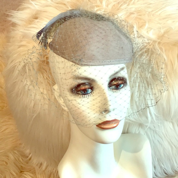 Vintage Vailed Wool Hat!